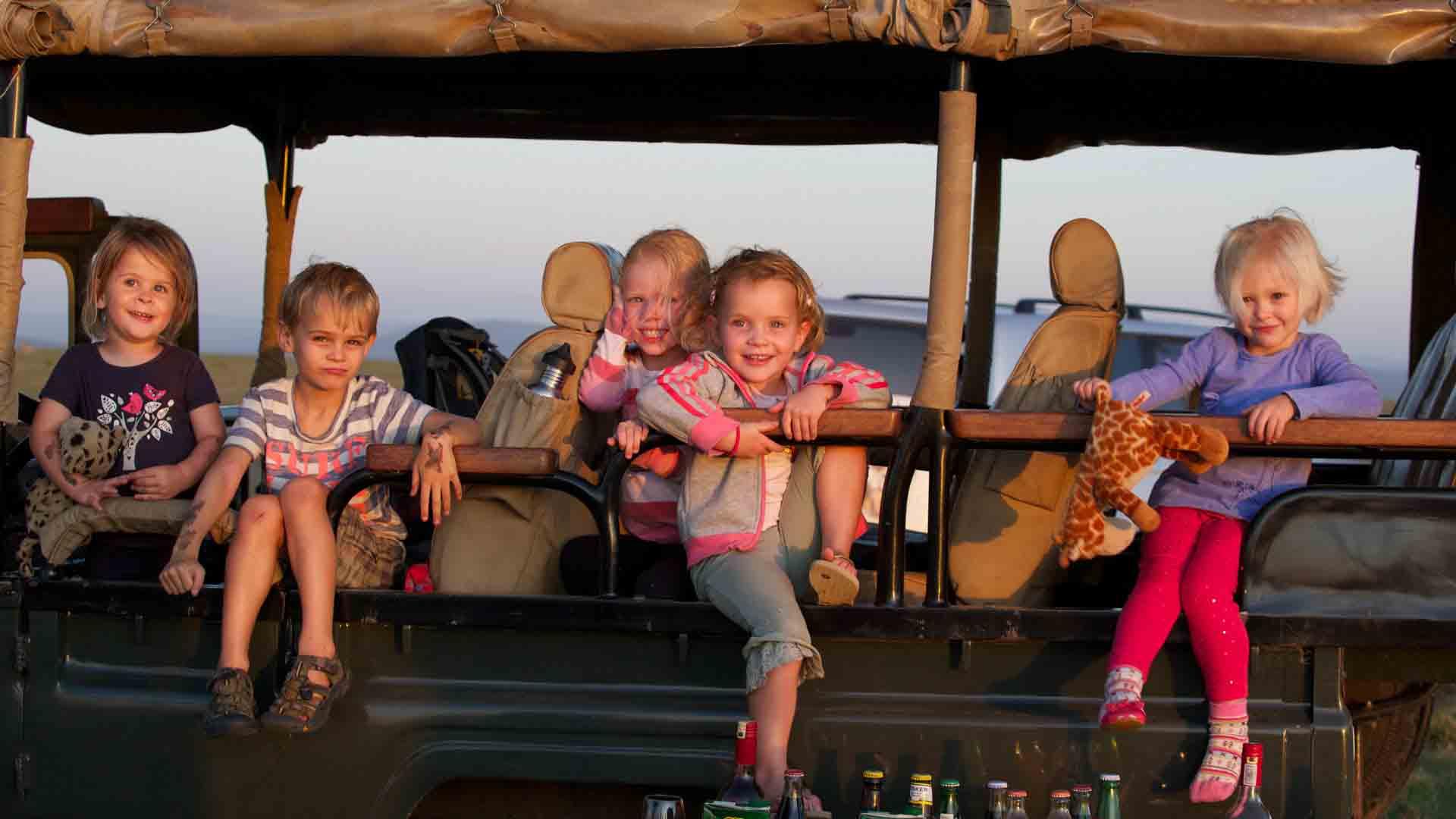 kenya-family-kids-safari-game-drive-roelof-schutte